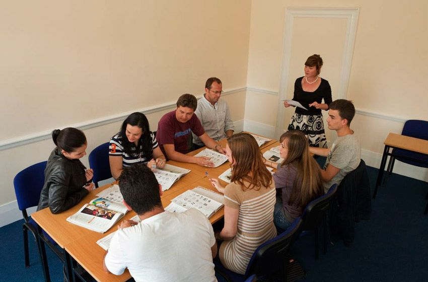 group english lessons at young-adult-equestrian-camps-ireland